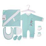 ست لباس نوزاد در بیمارستان